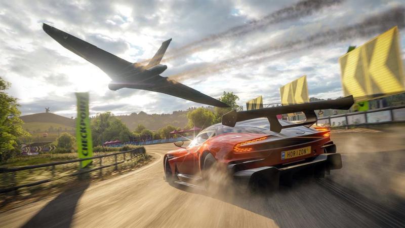 Потрясающий Эдинбург в весеннем геймплее Forza Horizon 4