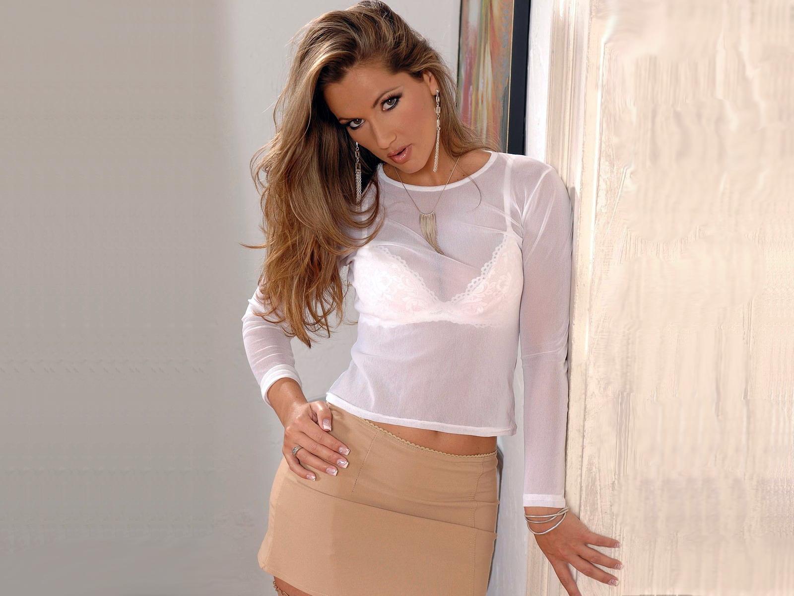 Телки в блузках фото 11 фотография