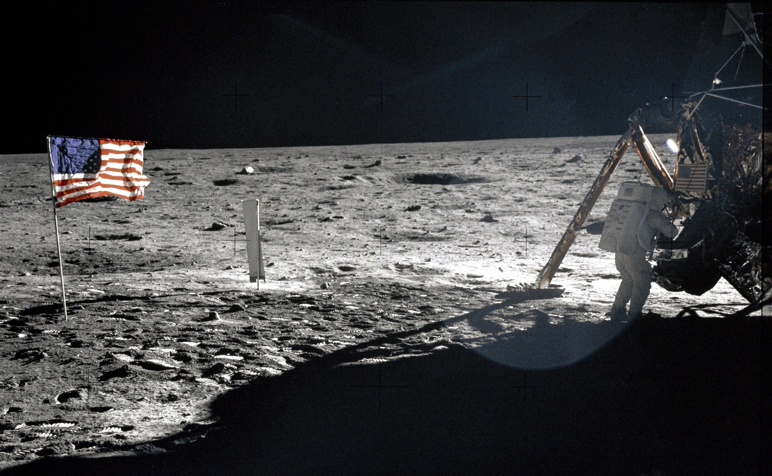 how did the apollo mission change