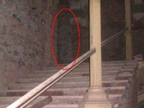 Как сделать призрак на фото