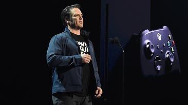 """Я аплодирую Sony"": Глава Xbox Фил Спенсер похвалил контроллер DualSense консоли PlayStation 5"