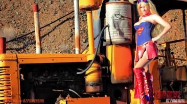"DC Universe Online ""Косплей на супер девушку"""