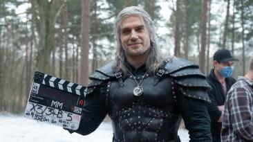 """Генри Кавилл лично опубликовал тизер второго сезона """"Ведьмака"""". В этот раз с самим Геральтом"""