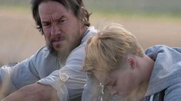 """Марк Уолберг и Рид Миллер рассекают по Америке в трейлере фильма """"Хороший Джо Белл"""""""