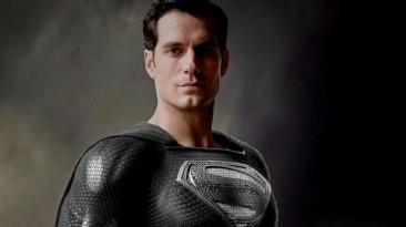 """Зак Снайдер высказался о важности чёрного костюма Супермена для """"Лиги справедливости"""""""
