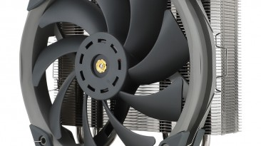 Процессорная система охлаждения Thermalright TA140 EX весит 840 г