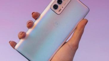 Motorola официально представила флагманские смартфоны серии Edge 20