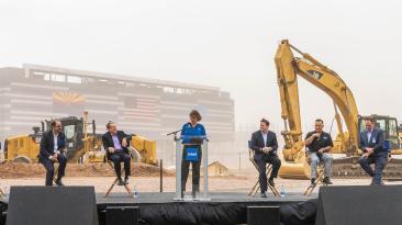 Intel начала строительство литейных заводов Fab 52 и Fab 62 по производству микросхем в Аризоне