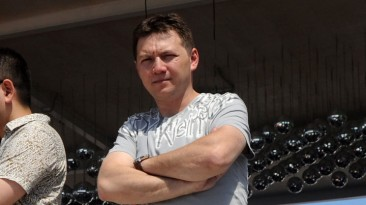 Черданцев прокомментирует матчи на площадке EA SPORTS FIFA на Манежной площади