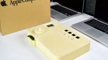 Появилось фото уникального прототипа iPod. Он огромен