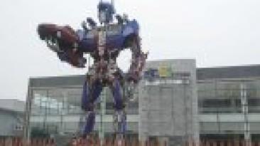 В Китае студенты построили огромного трансформера