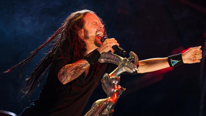Фронтмен группы Korn рассказал, как игры помогли ему восстановиться после болезни