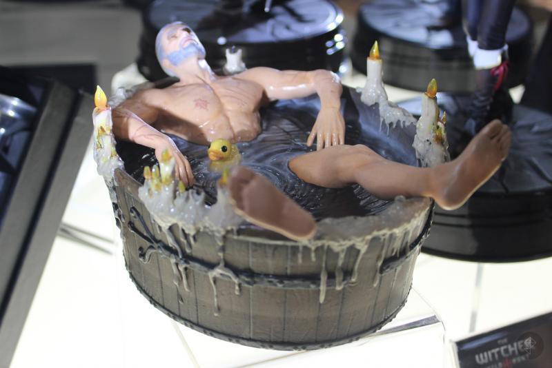 3d5mq4cr - Статуэтка Геральта в ванне может оказаться на вашей полке