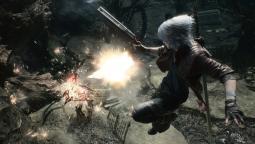 В Devil May Cry 5 Данте использует в качестве оружия шляпу