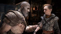 Кратос и Атрей вместе с Sony празднуют первую годовщину