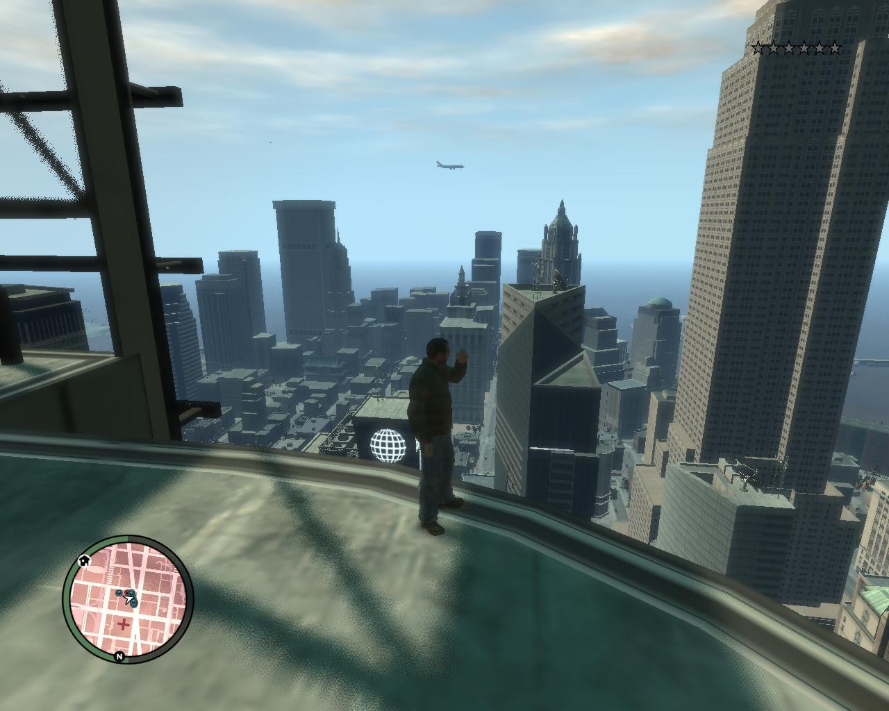 Друг живёт на крыше,зашел к нему,а копы пропалили - Grand Theft Auto 4
