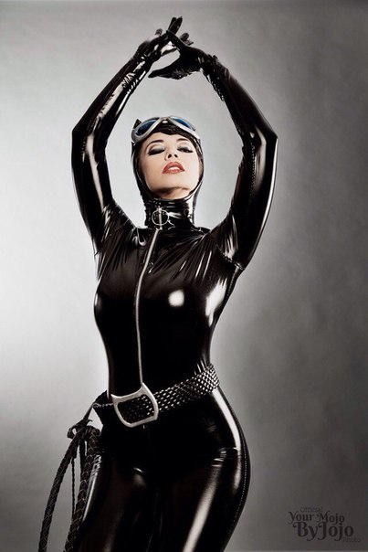Персонаж: Catwoman Вселенная: DC - - DC, девушки в играх, косплей