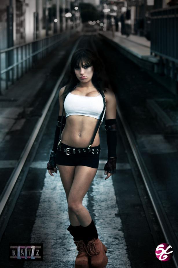 Liz-Katz-Tifa-Lockhart-Cosplay-7.jpg - - девушки в играх, косплей