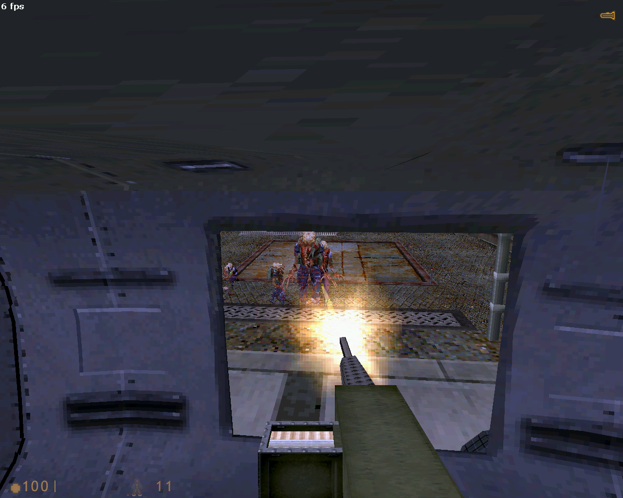 pcsm5d0017.png - Half-Life