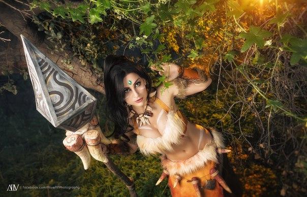 Персонаж - Nidalee Косплеер - Meisha Mock Страна - USA - - девушки в играх, косплей
