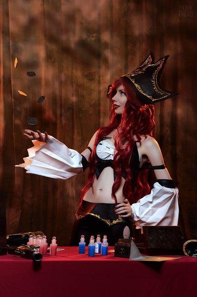 Персонаж - Miss Fortune Косплеер - Лу Страна - Russia - - девушки в играх, косплей