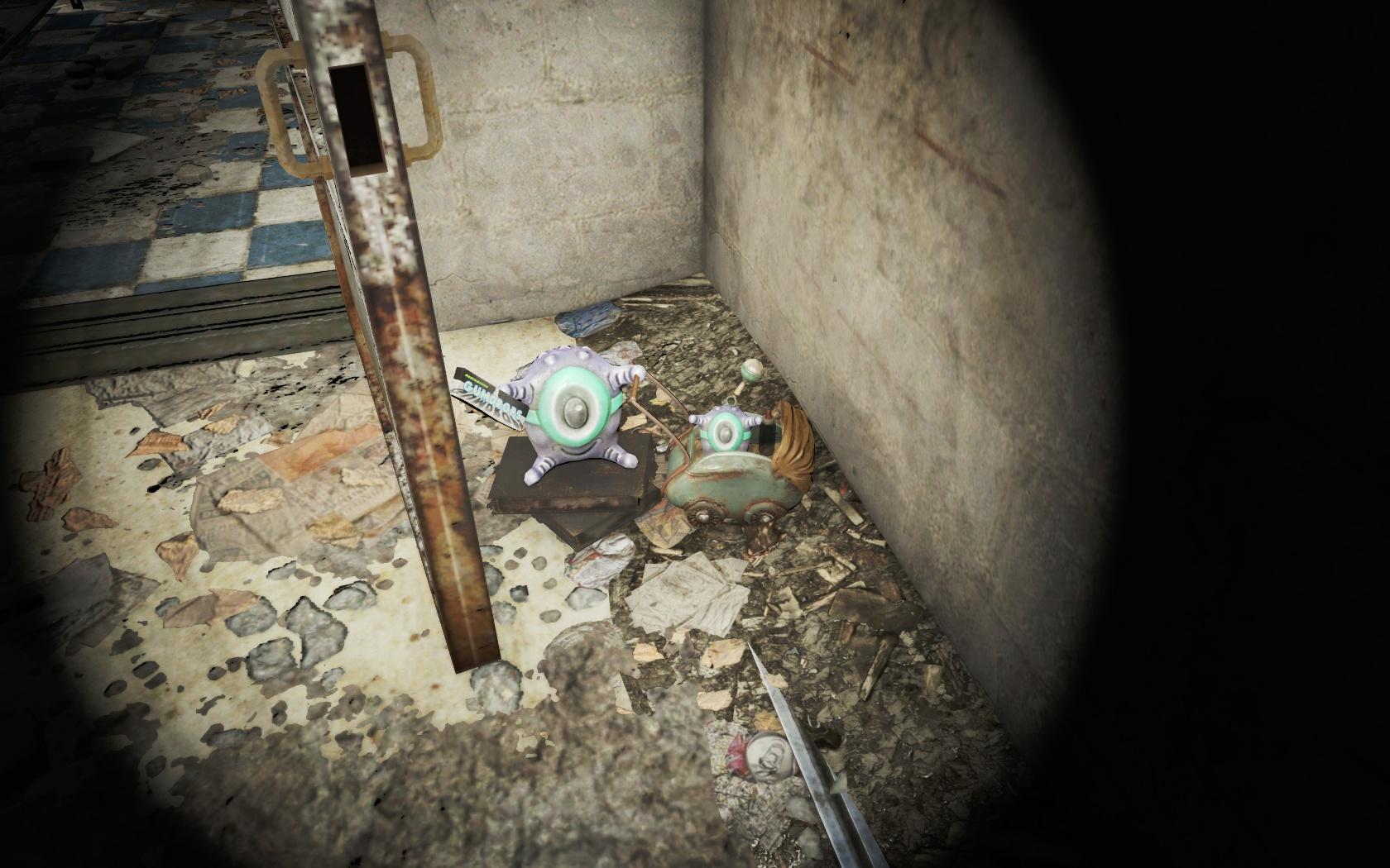 Мать и дитя (жилой дом около Канализации Фенс-стрит) - Fallout 4 жилой дом, игрушечный, инопланетянин, Канализация, Канализация Фенс-стрит, Фенс, Фенс-стрит