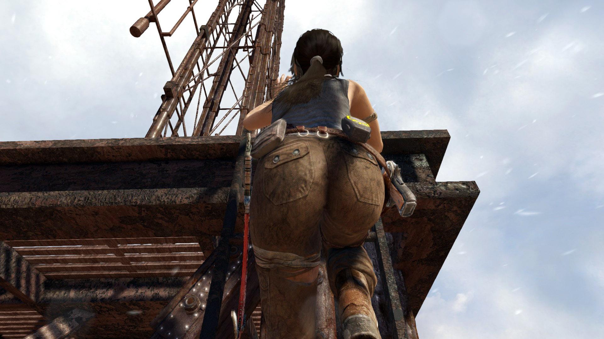 Лара лезет на радиовышку - Tomb Raider (2013)