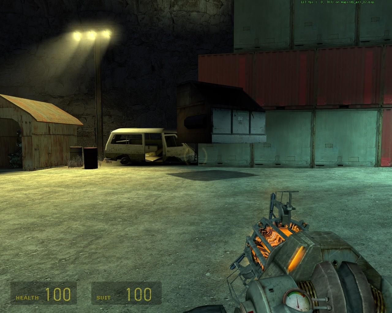 Ящик оказался в воздухе - Half-Life 2