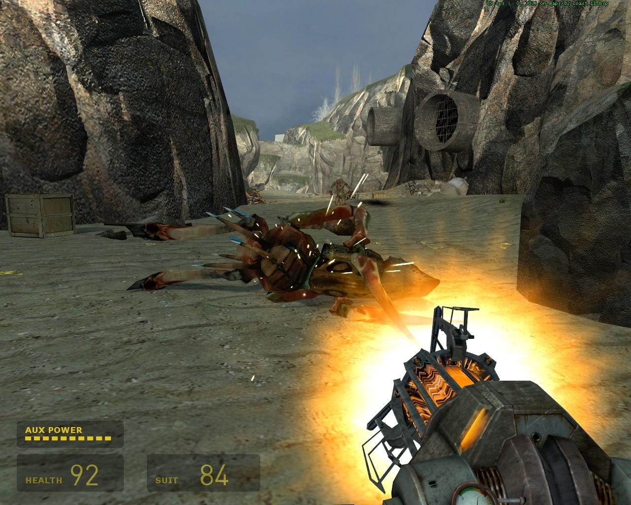 Не притягивается, но оттолкнуть можно - Half-Life 2