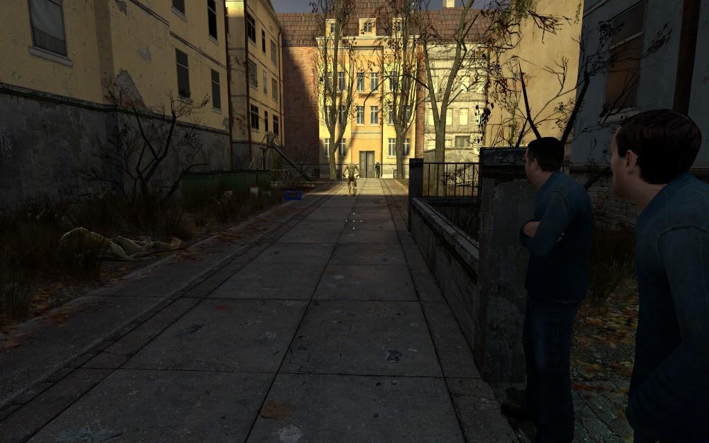 Зеваки застыли, ожидая последующих действий - Half-Life 2