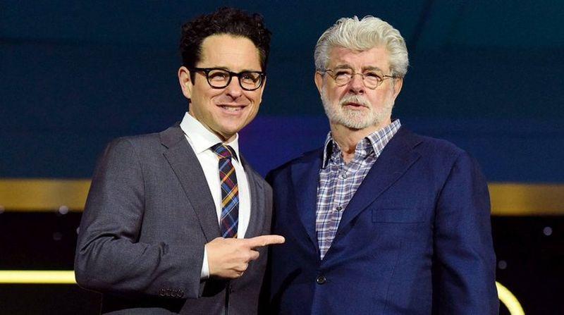 "Джордж Лукас помог Дж. Дж. Абрамсу с девятым эпизодом ""Звёздных войн"""