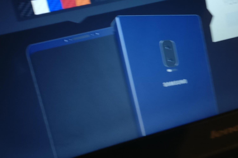 Уэкрана «юбилейного» iPhone обнаружили еще один дефект