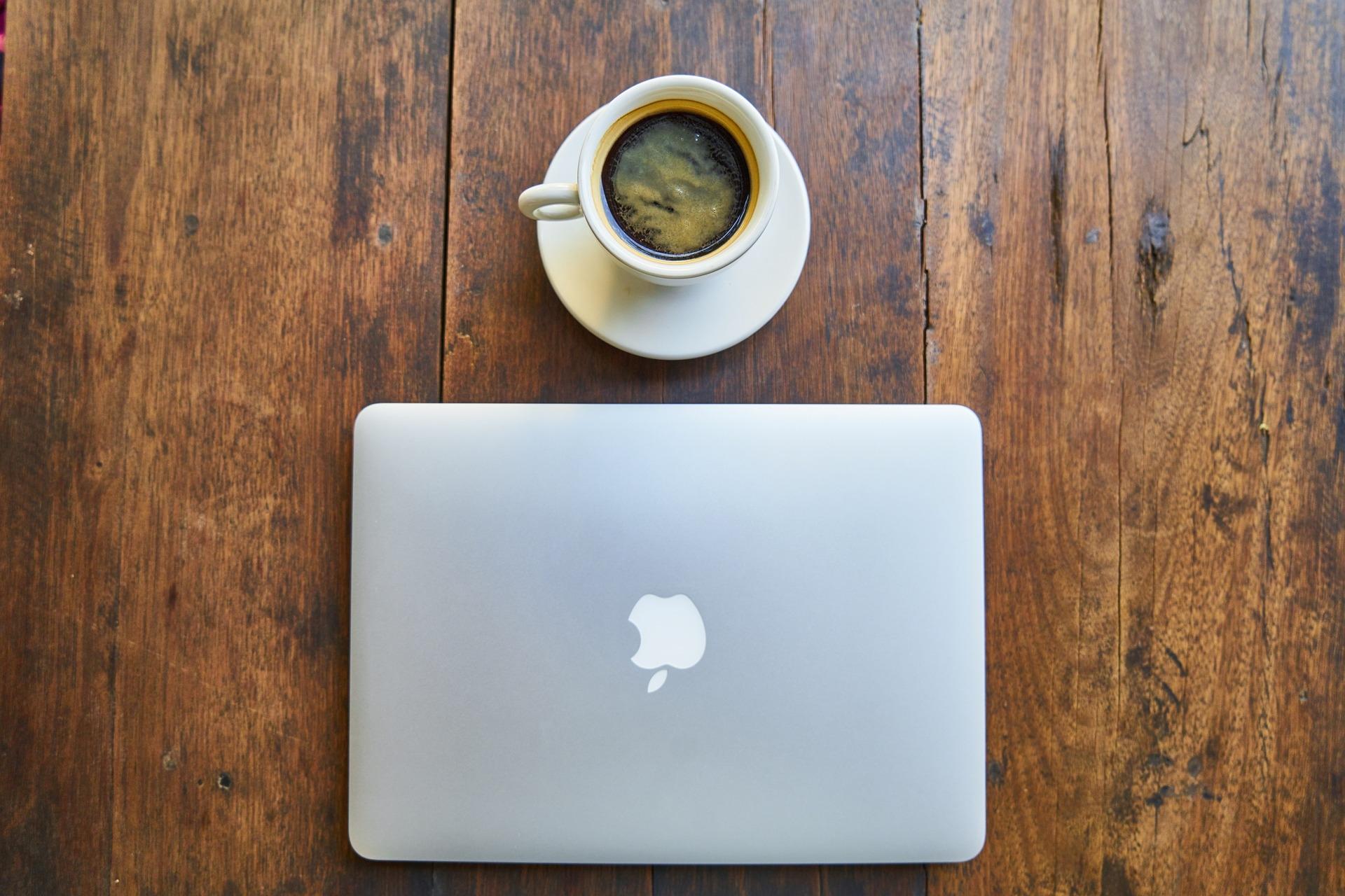 """12"""", масса до 1 кг, до 20 часов работы и цена $800. Характеристики первого ноутбука Apple на собственном процессоре"""