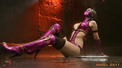 Mileena - Mortal Kombat 9 - Cosplay