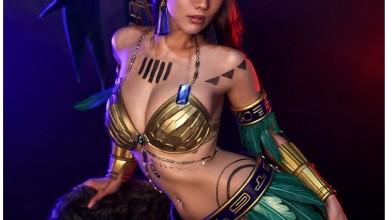 Косплей по Civilization Online Princess Mia.
