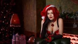 Праздничный новогодний косплей Рейн от Anya iChios Cosplay