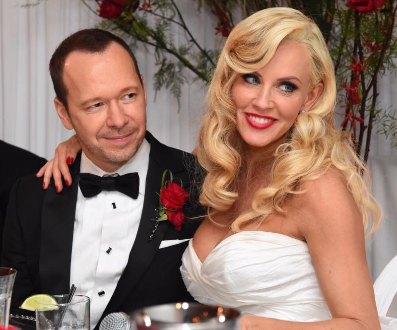 На свадьбе Донни и Дженни