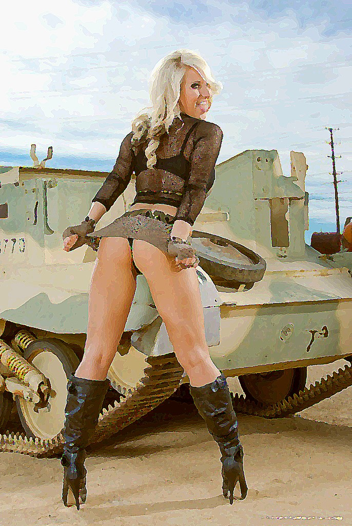 Tanker girls nude — img 4