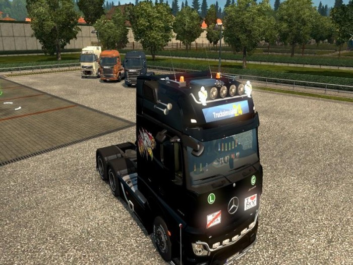 http://www.modhub.us/uploads/files/photos/2015_12/mercedes-actros-2014-mega-mod-1-22_2.jpg