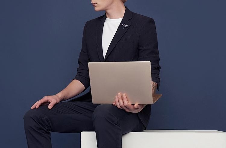 Новый ноутбук Xiaomi MiNotebook Air 13.3 получил сканер отпечатков пальцев