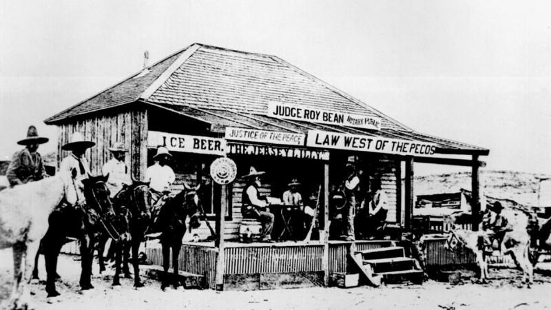 После 1897 года «Джерси Лилли» уничтожил пожар. Салун отстроили заново, и здание сохранилось до наших дней