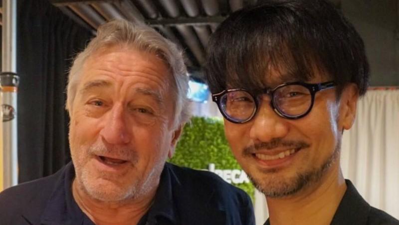Кодзима с одним из своих приятелей