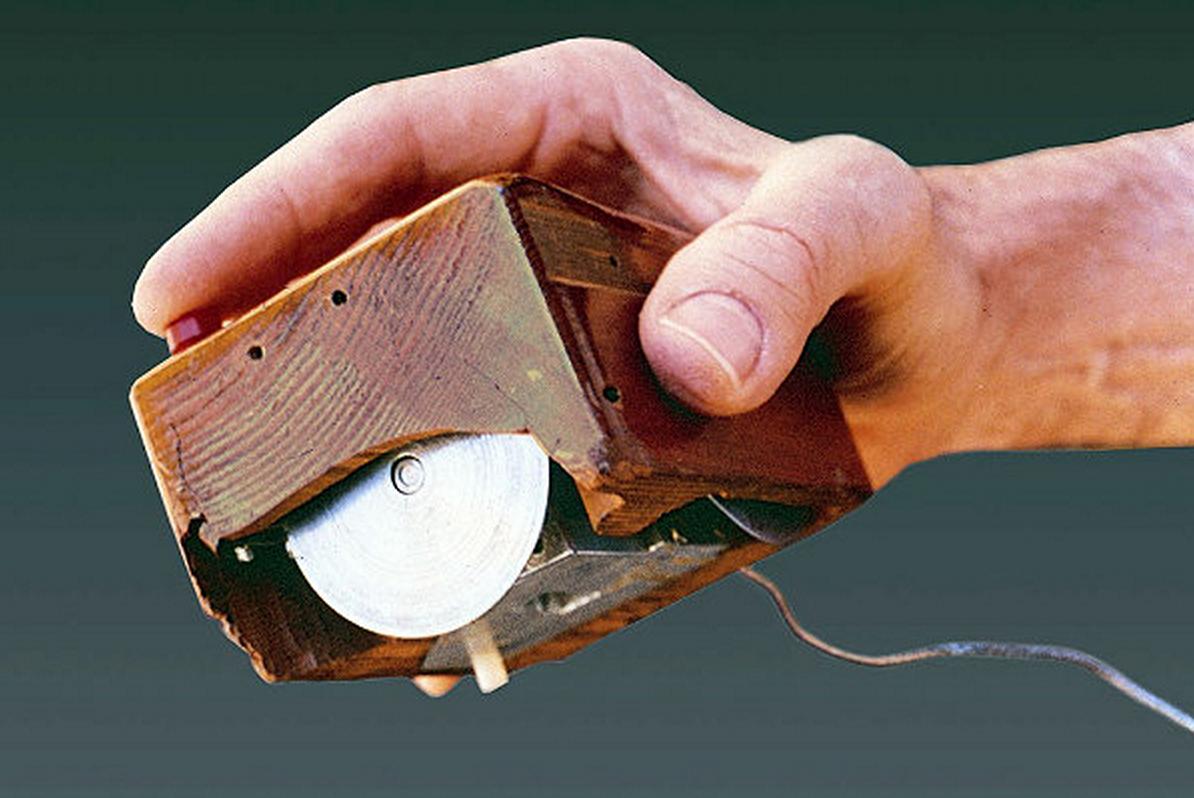 Картинки по запросу 1968 -День рождения компьютерной мыши.