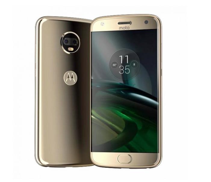 Стали доступны фото инекоторые детали относительно нового телефона Moto X4