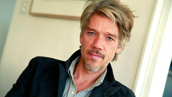 Компания Ubisoft известила, что автором сценария и режиссером к фильму по игре The Division будет Стивен Гэхен.