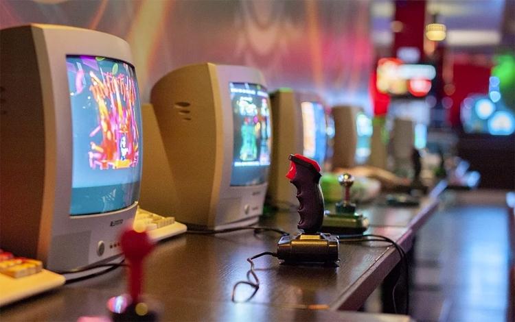 playground компьютерный клуб москва