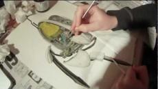 Художник рисует турель из Portal