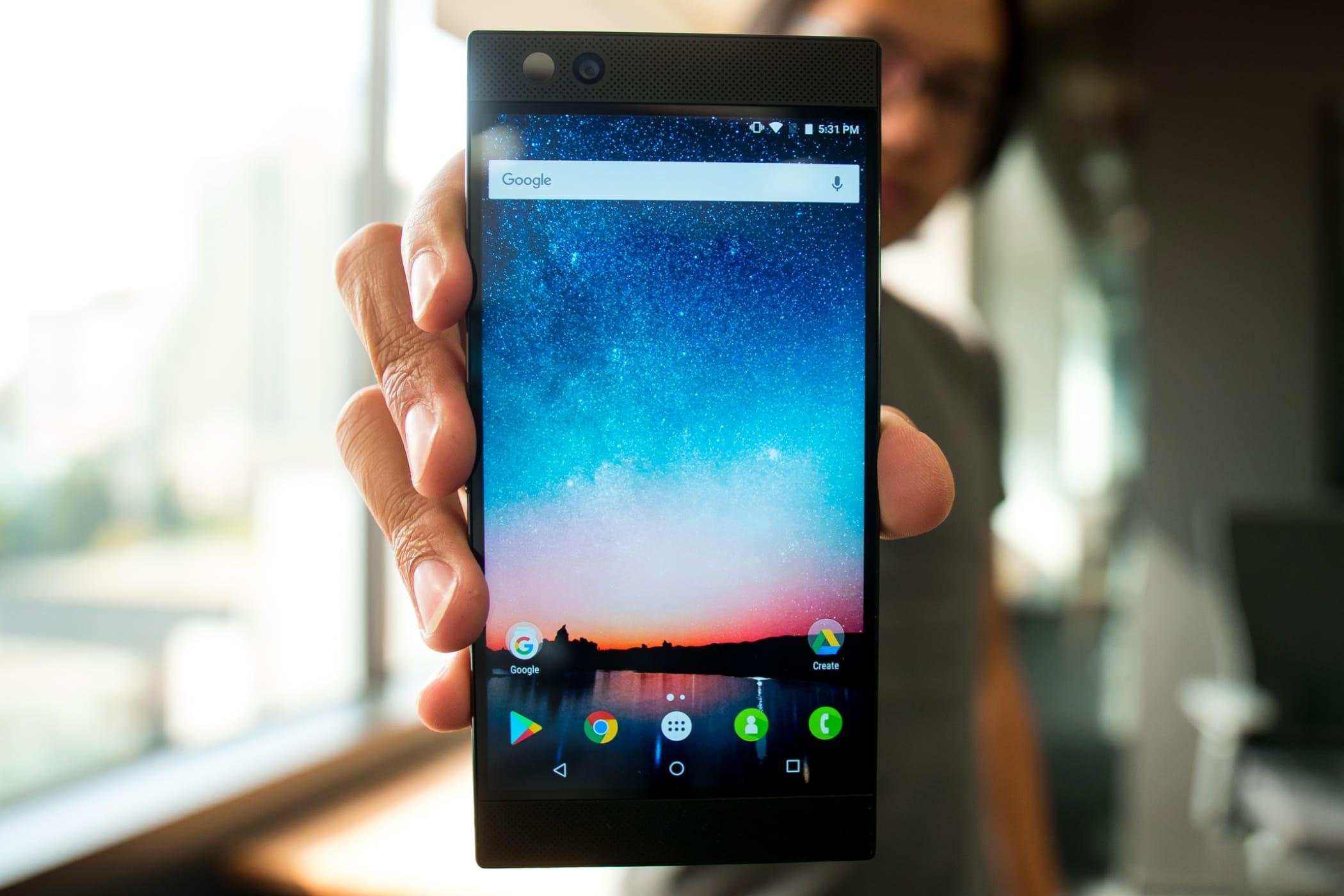 Мощнейший смартфон Xiaomi Black Shark замечен вбенчмарке