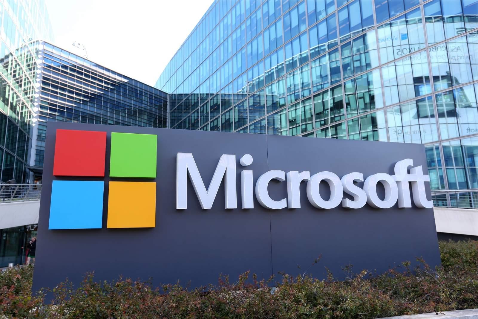 Amazon вперые обогнал Microsoft и вошел в тройку лидеров по капитализации