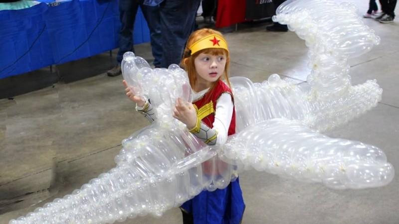 Чудо-женщина и невидимый самолет